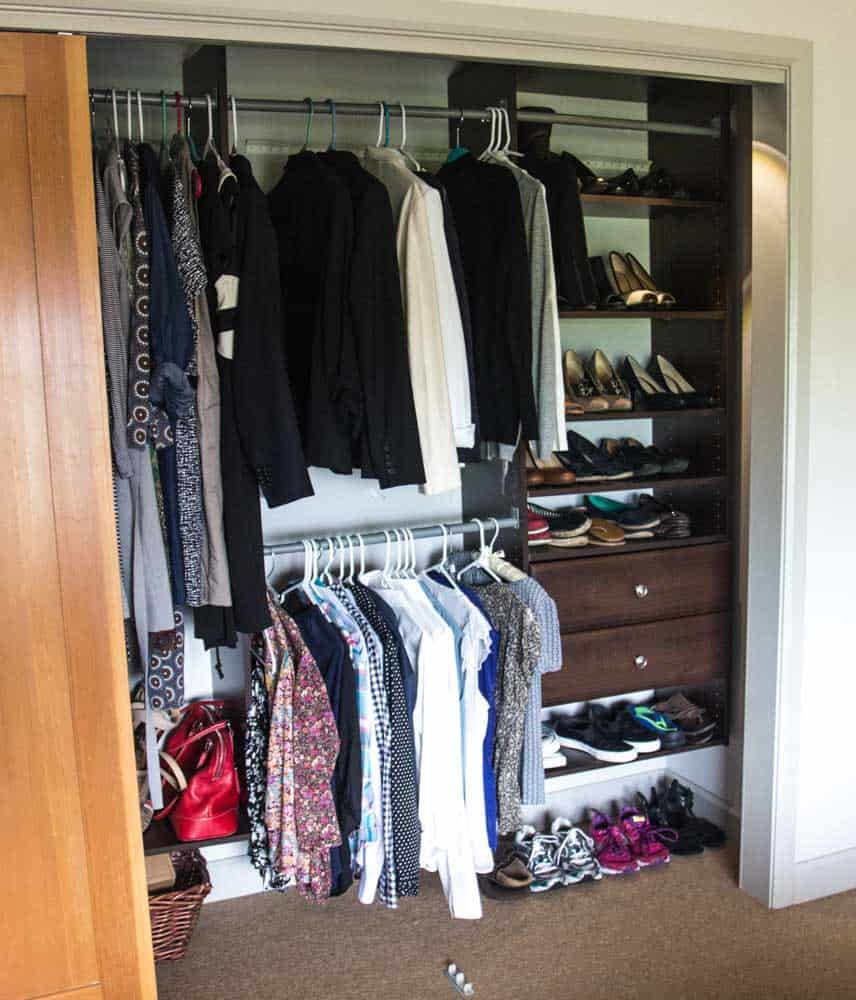 Organizing my Clothes the KonMari Way
