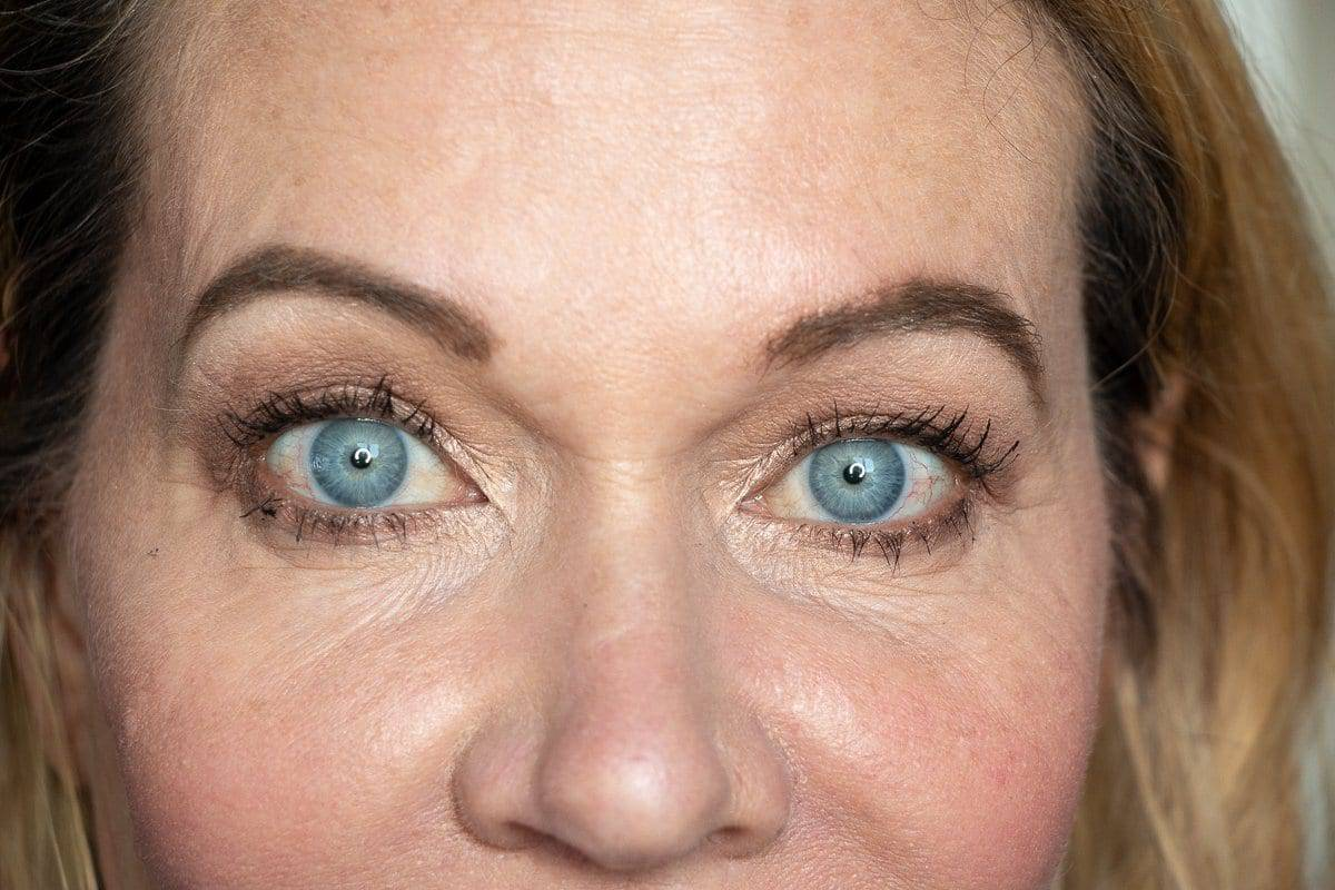 Step-by-Step Hooded Eye Makeup Tutorial That's Perfect for Women over 40 10