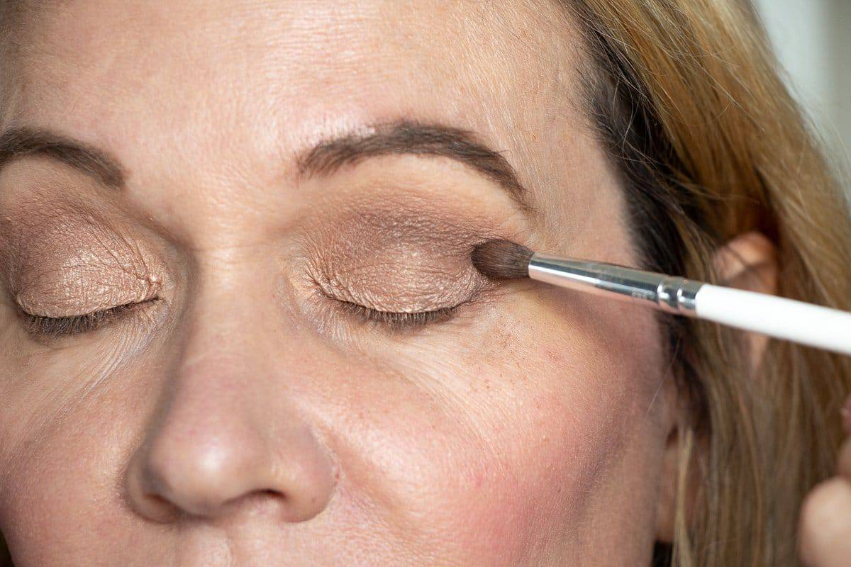 Step-by-Step Hooded Eye Makeup Tutorial That's Perfect for Women over 40 6