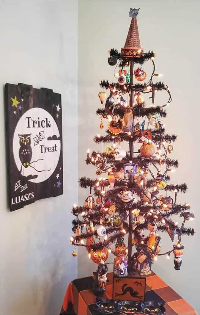 Table Top Halloween Ornament Tree